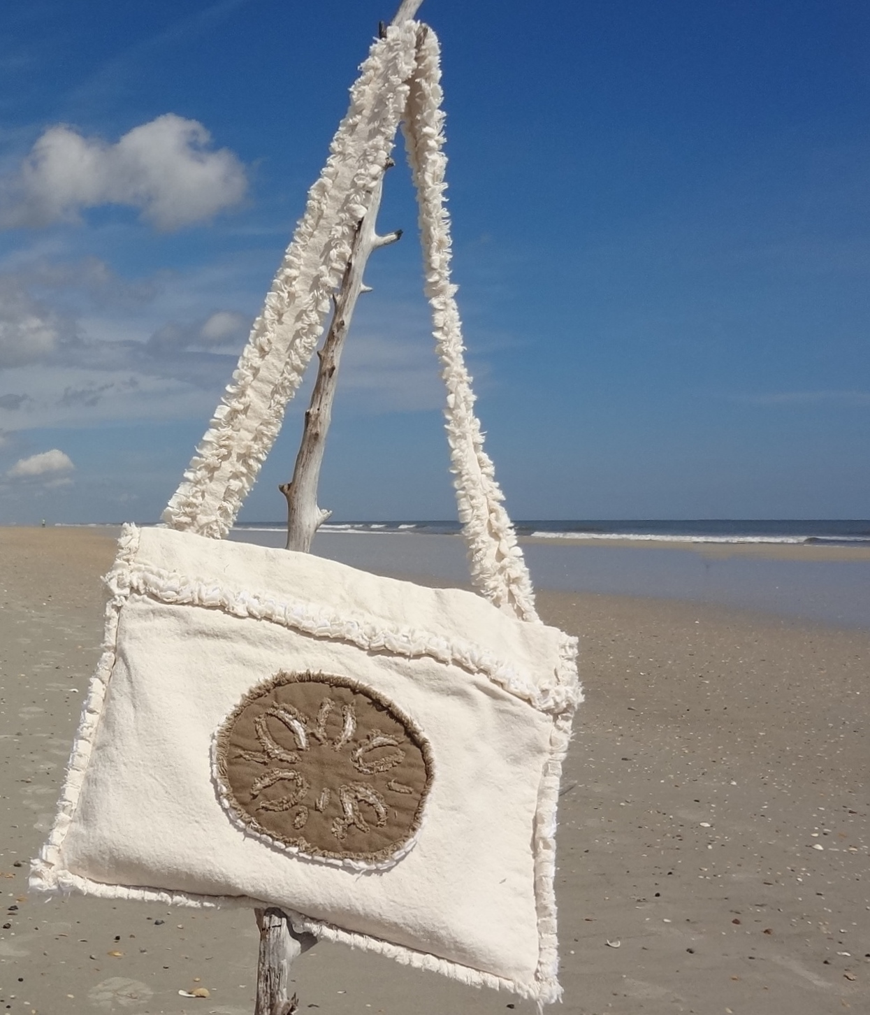 Sand Dollar Laptop Case (Mocha Sand Dollar)